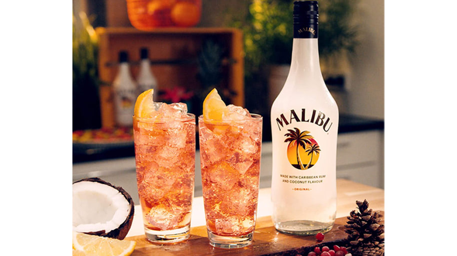 Rượu mùi Malibu Coconut