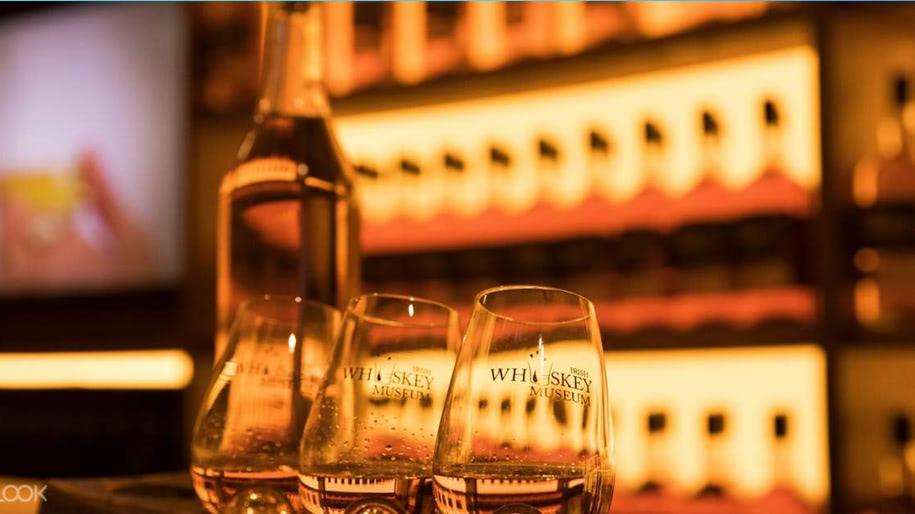 Rượu Whiskey là gì