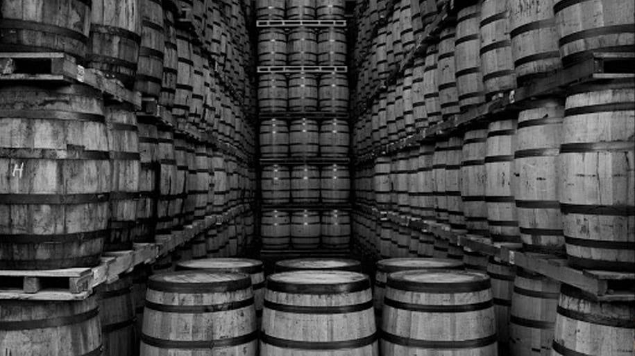 Tên gọi Whisky là rượu Whiskey