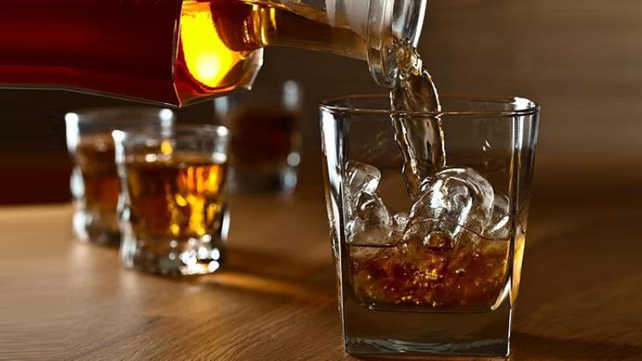 Rượu Rum là gì