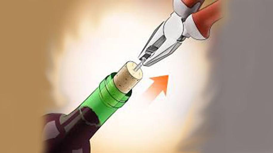 Khui rượu vang bằng Kìm và Ốc vít